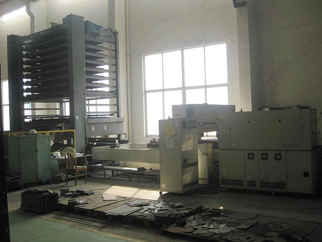 激光切割机(日本三菱3015D)